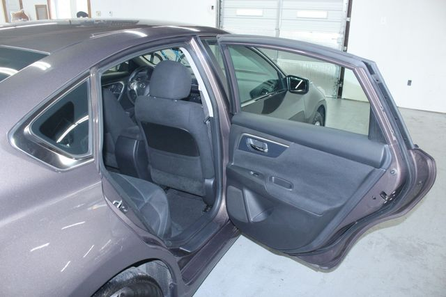 2014 Nissan Altima 2.5 S Kensington, Maryland 35