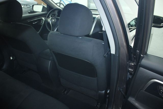 2014 Nissan Altima 2.5 S Kensington, Maryland 42
