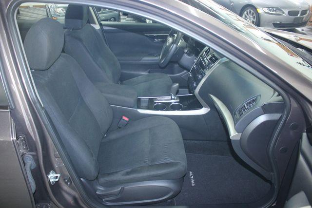 2014 Nissan Altima 2.5 S Kensington, Maryland 49