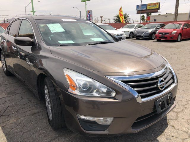 2014 Nissan Altima 2.5 S CAR PROS AUTO CENTER (702) 405-9905 Las Vegas, Nevada 4