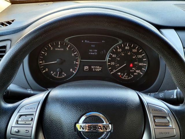 2014 Nissan Altima 2.5 S w/Smart Key in Louisville, TN 37777