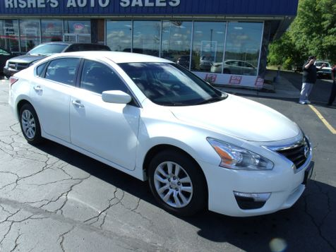 2014 Nissan Altima 2.5 S | Rishe's Import Center in Ogdensburg, New York