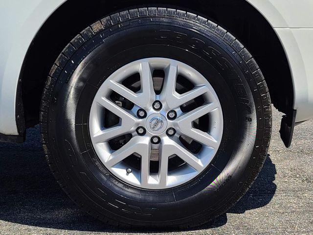 2014 Nissan Frontier SV in Hope Mills, NC 28348