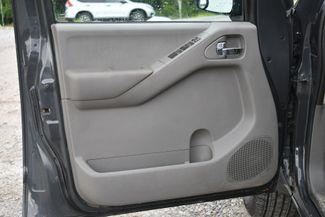2014 Nissan Frontier SV 4WD Naugatuck, Connecticut 12