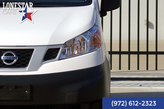 2014 Nissan NV200 Clean Carfax One Owner S Warranty in Merrillville, IN 46410