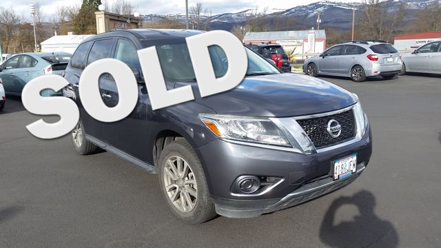 2014 Nissan Pathfinder S 4WD | Ashland, OR | Ashland Motor Company in Ashland OR