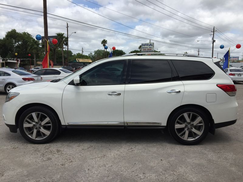 2014 Nissan Pathfinder Platinum  Brownsville TX  English Motors  in Brownsville, TX