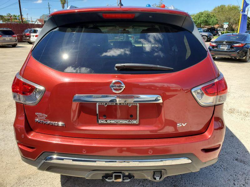 2014 Nissan Pathfinder SV  Brownsville TX  English Motors  in Brownsville, TX
