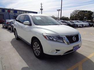 2014 Nissan Pathfinder in Houston, TX
