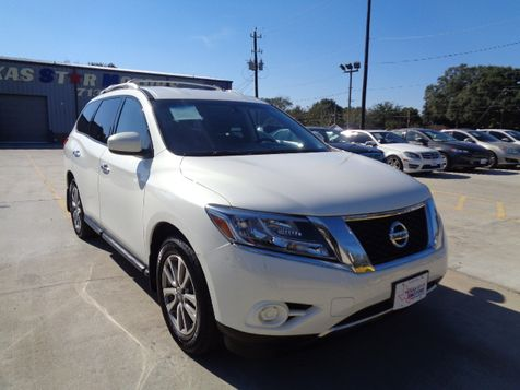 2014 Nissan Pathfinder SV in Houston