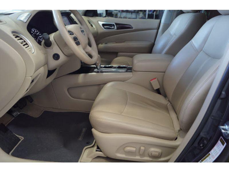 2014 Nissan Pathfinder Platinum  city Texas  Vista Cars and Trucks  in Houston, Texas