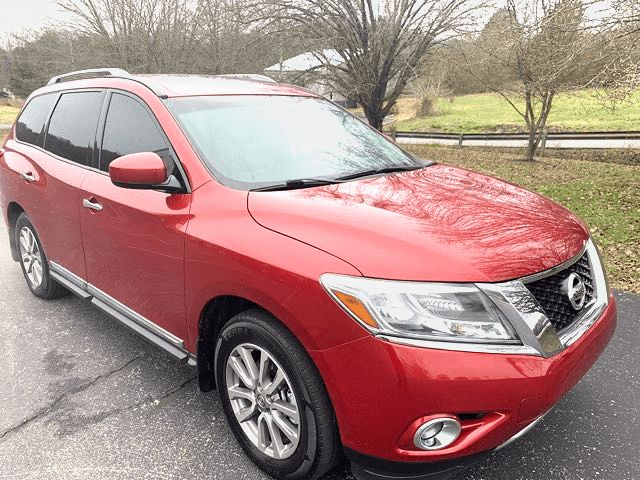 2014 Nissan-96k! Loaded! 3rd Seat! Pathfinder SL