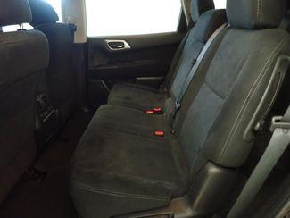 2014 Nissan Pathfinder SV Lincoln, Nebraska 3