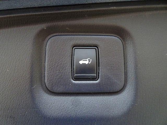 2014 Nissan Pathfinder Platinum Hybrid Madison, NC 16