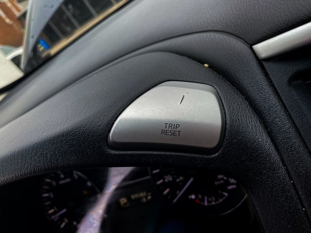 2014 Nissan Pathfinder S Madison, NC 32