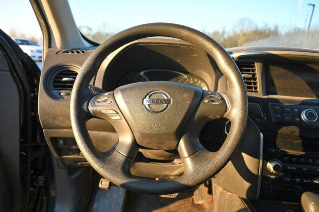 2014 Nissan Pathfinder S Naugatuck, Connecticut 13