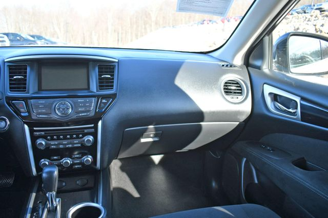 2014 Nissan Pathfinder SV Naugatuck, Connecticut 19