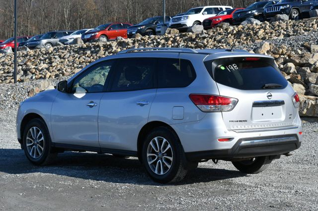 2014 Nissan Pathfinder SV Naugatuck, Connecticut 2