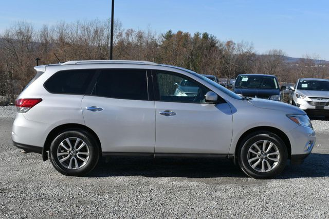 2014 Nissan Pathfinder SV Naugatuck, Connecticut 5