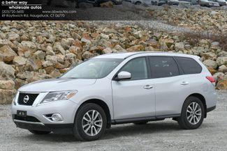 2014 Nissan Pathfinder S 4WD Naugatuck, Connecticut