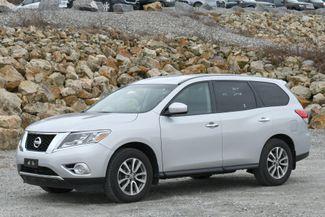 2014 Nissan Pathfinder S 4WD Naugatuck, Connecticut 2