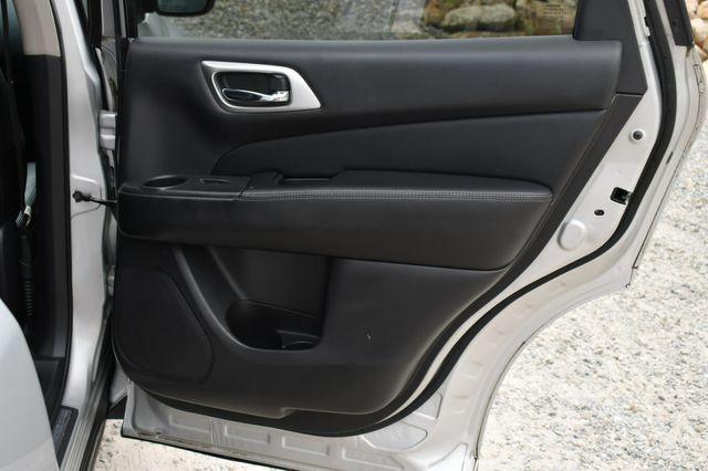 2014 Nissan Pathfinder SL Naugatuck, Connecticut 13
