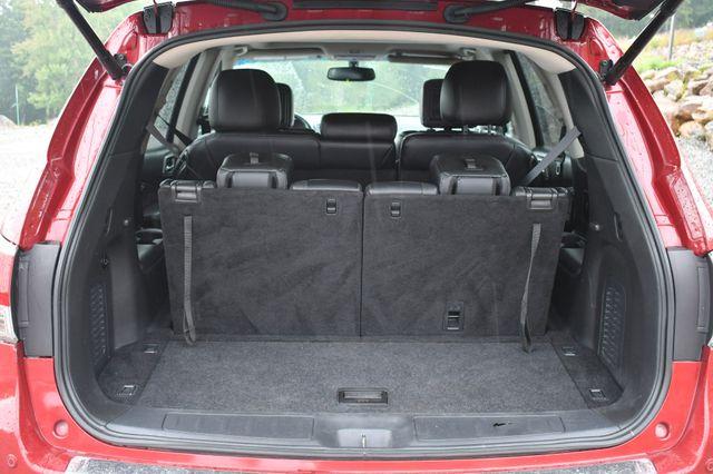 2014 Nissan Pathfinder Platinum 4WD Naugatuck, Connecticut 12