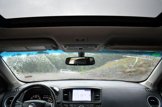 2014 Nissan Pathfinder Platinum 4WD Naugatuck, Connecticut 18