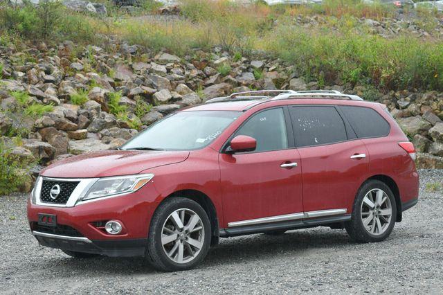 2014 Nissan Pathfinder Platinum 4WD Naugatuck, Connecticut 2