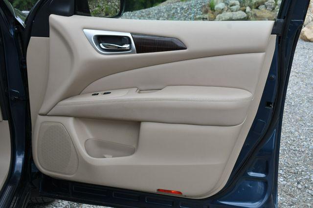 2014 Nissan Pathfinder SL Hybrid Naugatuck, Connecticut 12