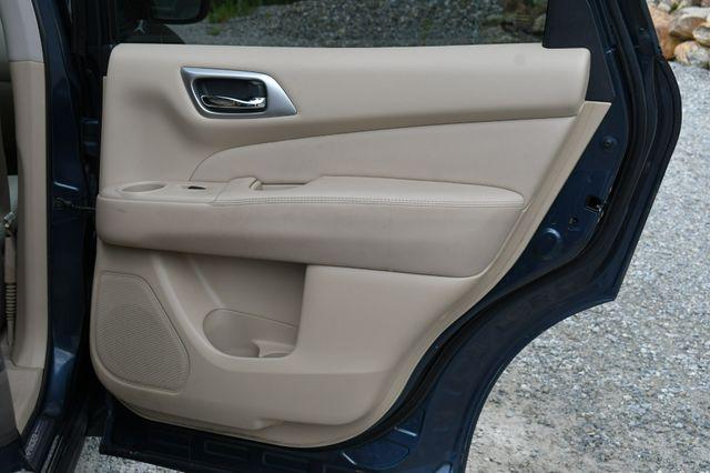 2014 Nissan Pathfinder SL Hybrid Naugatuck, Connecticut 13