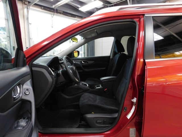 2014 Nissan Rogue SV in Airport Motor Mile ( Metro Knoxville ), TN 37777