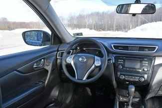 2014 Nissan Rogue SV Naugatuck, Connecticut 15