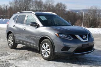 2014 Nissan Rogue SV Naugatuck, Connecticut 8