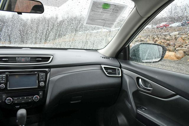2014 Nissan Rogue SV Naugatuck, Connecticut 19