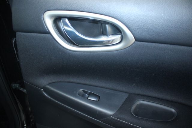 2014 Nissan Sentra SL Kensington, Maryland 37