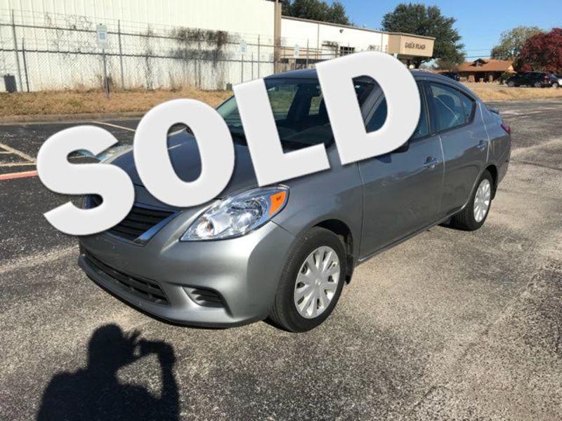 2014 Nissan Versa SV Extra Clean | Ft. Worth, TX | Auto World Sales LLC in Ft. Worth TX