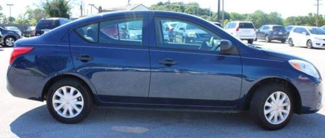 2014 Nissan Versa S St. Louis, Missouri 3