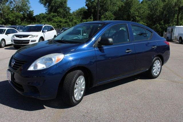 2014 Nissan Versa S St. Louis, Missouri 2