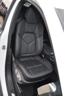 2014 Porsche Cayenne S Hybrid Bettendorf, Iowa 4