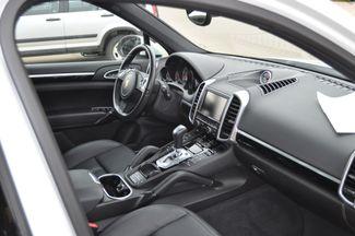 2014 Porsche Cayenne S Hybrid Bettendorf, Iowa 12