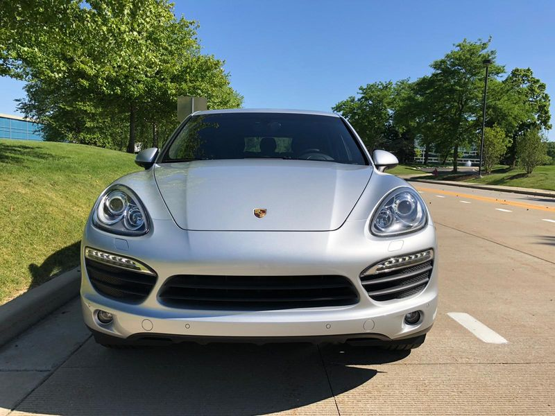 2014 Porsche Cayenne S  Lake Forest IL  Executive Motor Carz  in Lake Forest, IL