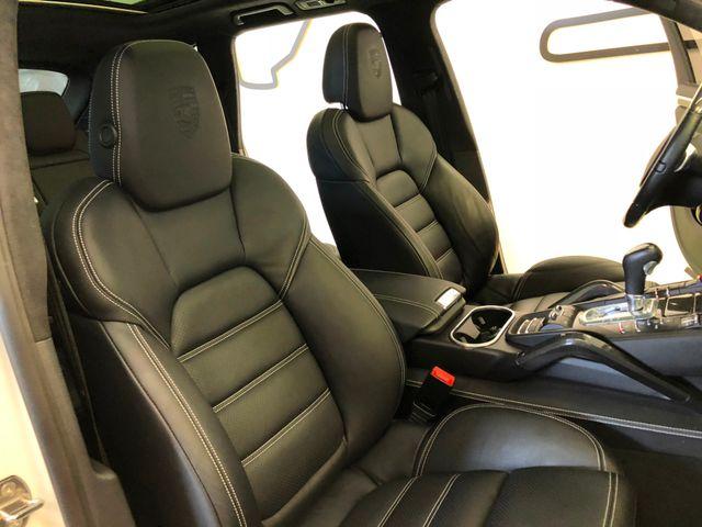 2014 Porsche Cayenne Turbo Longwood, FL 24