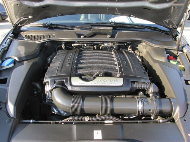2014 Porsche Cayenne Platinum SUV in Costa Mesa, California 92627