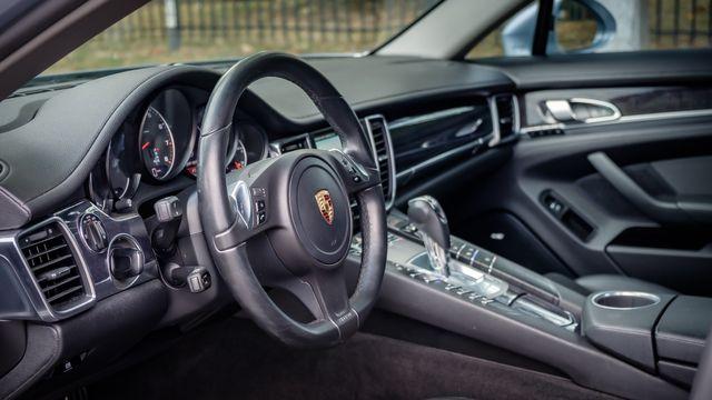 2014 Porsche Panamera SUNROOF LEATHER SEATS in Memphis, TN 38115