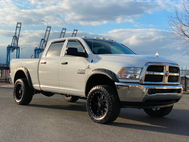 2014 Ram 2500 Cummins Diesel 4x4 6-SPEED MANUAL CREW TRADESMAN MINT in Woodbury, New Jersey 08093