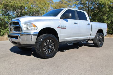 2014 Ram 2500 SLT - 4X4 - LOW MILES in Liberty Hill , TX