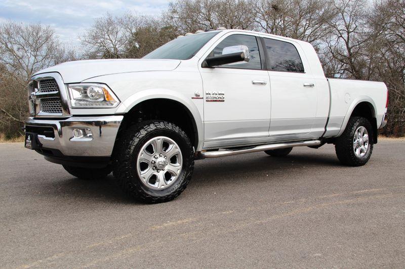 2014 Ram 2500 Laramie - 4X4 - MEGA CAB