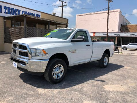 2014 Ram 2500 Tradesman   Pleasanton, TX   Pleasanton Truck Company in Pleasanton, TX