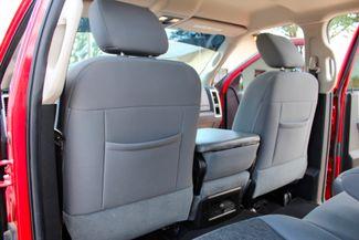 2014 Ram 2500 SLT Crew Cab 4X4 6.7L Cummins Diesel 6 Speed Manual Sealy, Texas 33